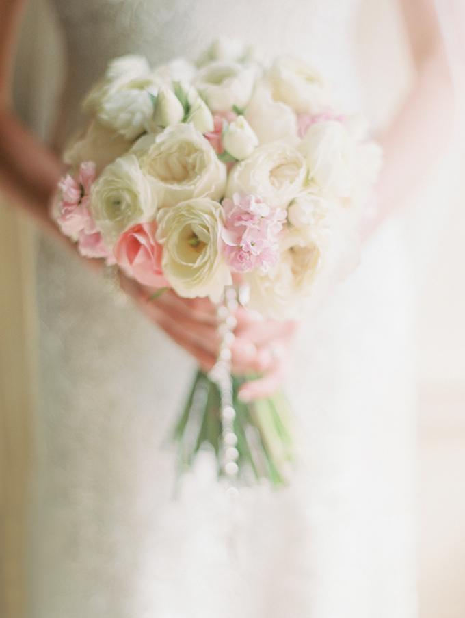 romantic candlelit wedding | Ashley Crawford Photography | Glamour & Grace-05