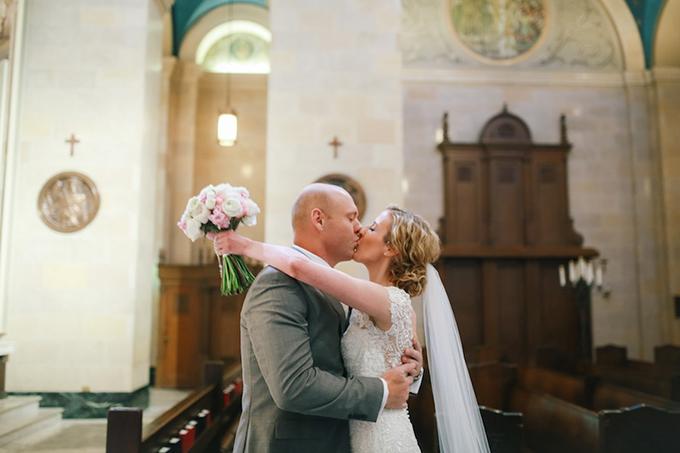romantic candlelit wedding | Ashley Crawford Photography | Glamour & Grace-11