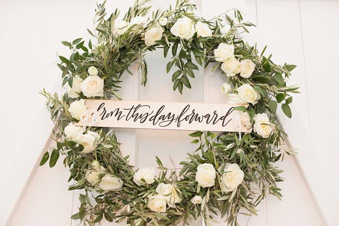 timeless farmhouse wedding inspiration | JW Baugh Photography | Glamour & Grace-17