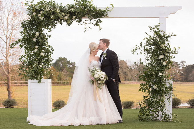timeless farmhouse wedding inspiration | JW Baugh Photography | Glamour & Grace-21