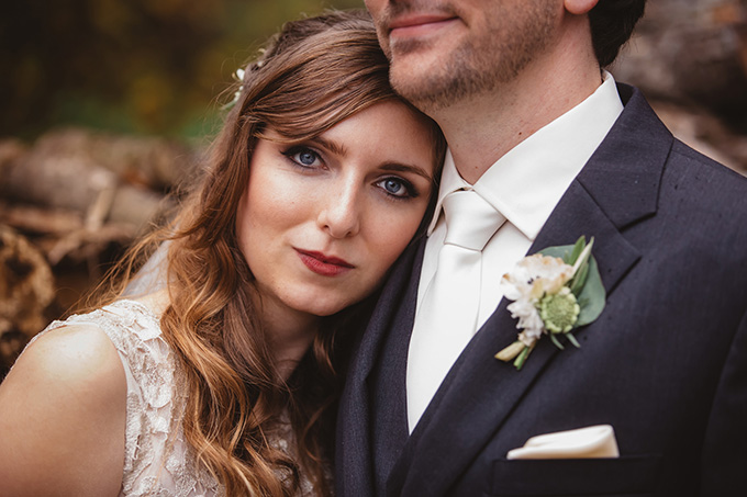 vintage fall barn wedding | Parker Young | Glamour & Grace-14