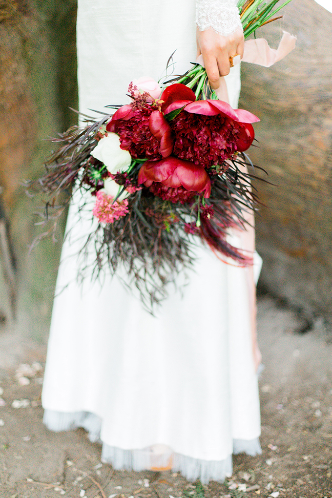 red heirloom wedding inspiration | Aura May Photography | Glamour & Grace-03