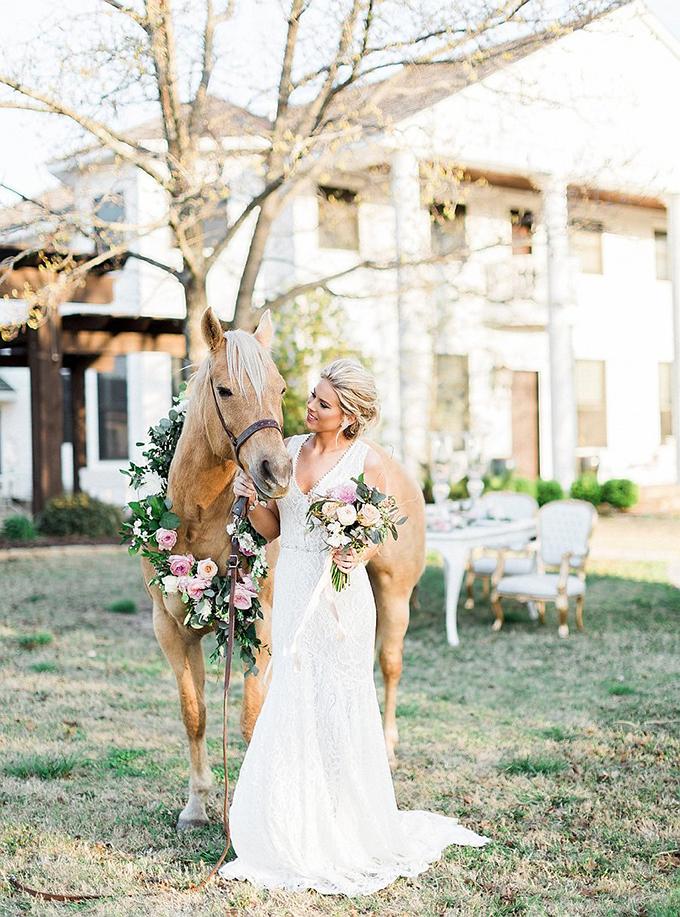 elegant Southern wedding inspiration | Tammy Odell Photography | Glamour & Grace-17