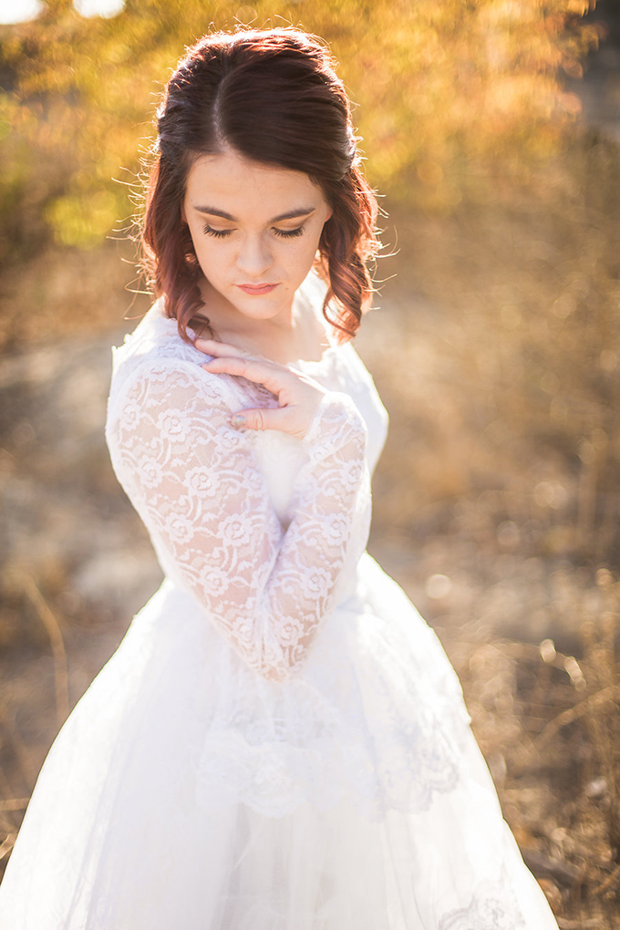 heirloom wedding dress bridal portraits | Archer Inspired Photography | Glamour & Grace-06