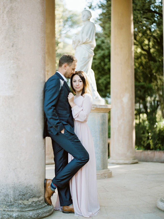 romantic Barcelona engagement session | Cornelia Zaiss Photography | Glamour & Grace