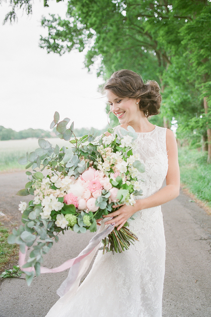 vintage countryside wedding inspiration | Diana Frohmuller | Glamour & Grace