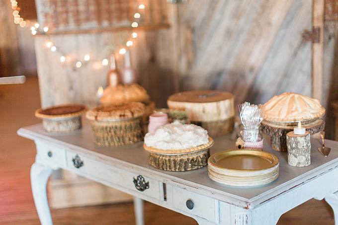 summer Texas wedding | Laura Ridge Photography | Glamour & Grace