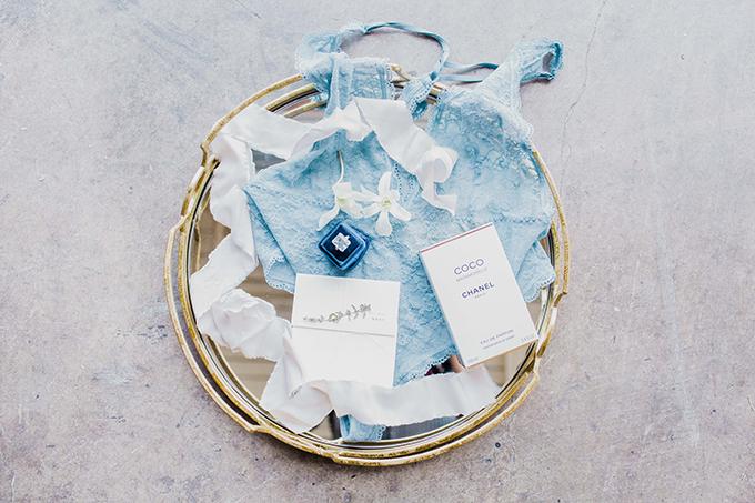vibrant loft wedding inspiration | Simply Adri Photography | Glamour & Grace