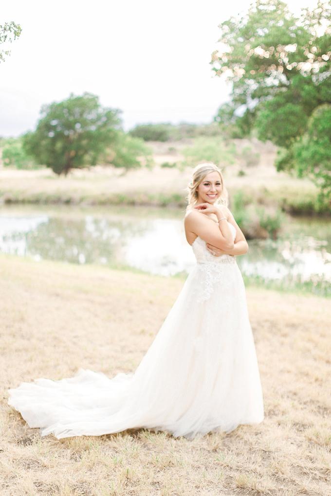 glam DIY Texas wedding | Shara Jo Photography | Glamour & Grace