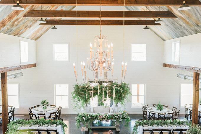 romantic boho farm wedding | Alba Rose Photography | Glamour & Grace