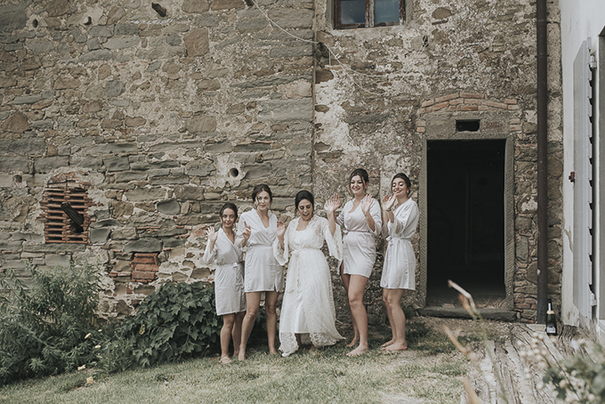 romantic Tuscany destination wedding | Daniela Nizzoli | Glamour & Grace
