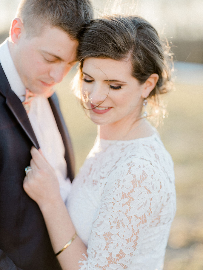 vintage barn wedding inspiration | Kira Nicole Photography | Glamour & Grace