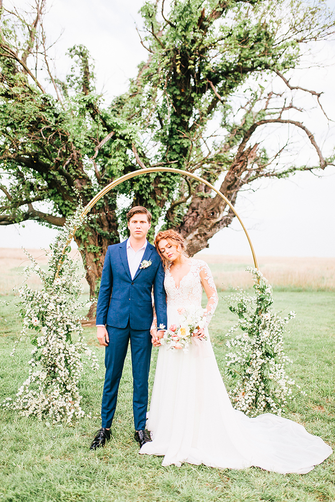 vintage springtime wedding ideas | Lauren Beauregard Photography | Glamour & Grace