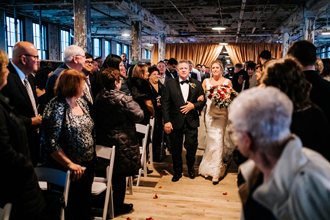 romantic fall Detroit wedding | Style & Story Creative | Glamour & Grace