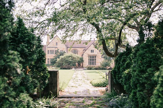 peach and sage estate garden wedding ideas   McNiel Photography   Glamour & Grace