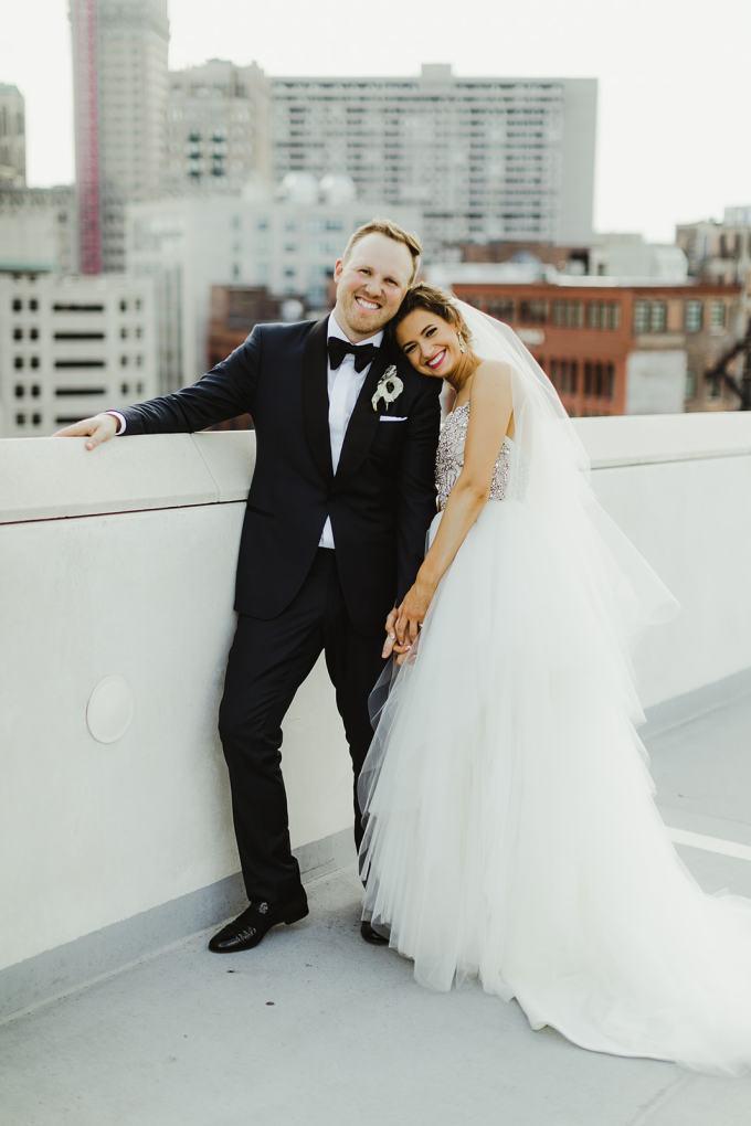 vintage Detroit wedding | Jill DeVries Photography | Glamour & Grace