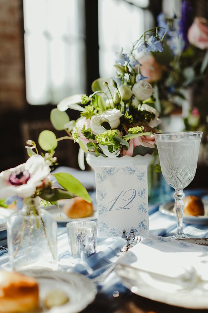 vintage Detroit wedding   Jill DeVries Photography   Glamour & Grace
