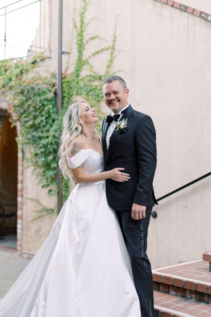 romantic outdoor estate wedding-Elizabeth Warrick-Glamour & Grace