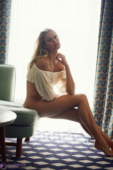 GlamourModelMagazine_Natalie Roser by Cameron Mackie-6