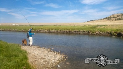 Chayenne and Sara fishing the Dream Creek