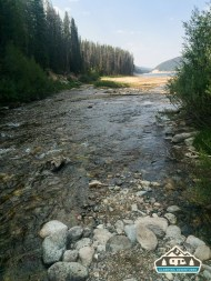 Stream leading into Chambers Lake.