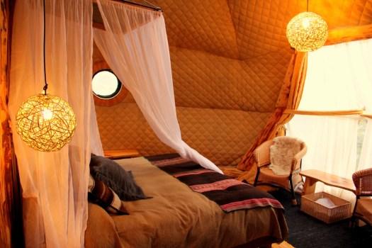 05-ecocamp-patagonia-suite-honeytrek