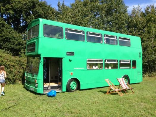 canopy stars big green bus