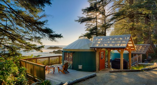 yurt2_exterior