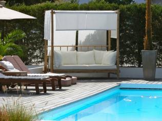 Piscine au glamping Bô Zen Lodge à Biarritz en Aquitaine