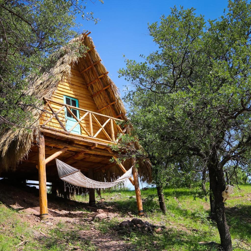 Frame Cabin «Petakawi Glamping» Matachi, Chihuahua