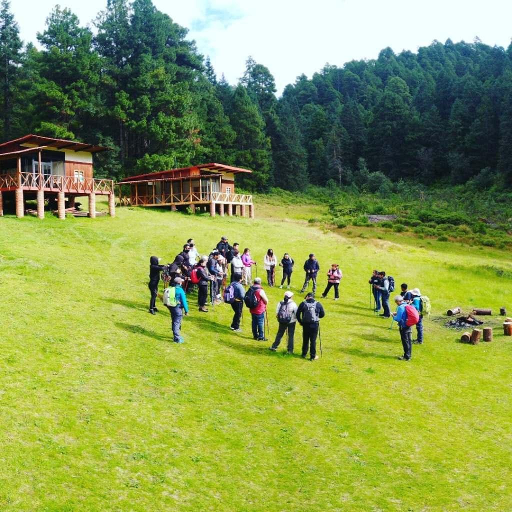 Hospédate en cabañas o acampa en «Parque Ecoturístico Maatawï» Temascaltepec, Estado de México