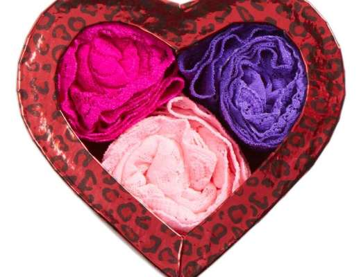 Hanky Panky Hugs N Kisses Boxed Set