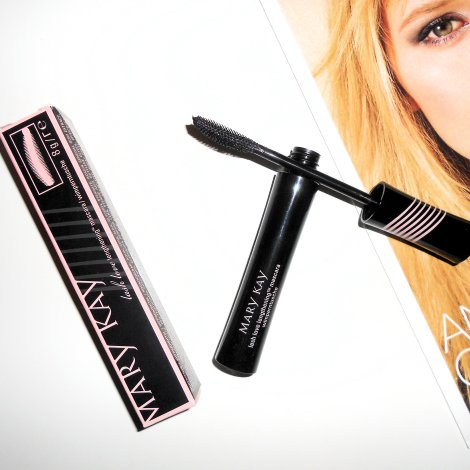 mary-kay-lash-love-lengthening-mascara-review1