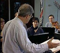 Dirigent Gardiner bei einer seiner «Pilgrimage»-Proben