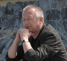 «Komplexe poetische Studien über Einsamkeit und verheerende Seelenzustände»: Schriftsteller Reinhard Wosniak (*1953)