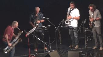 """Die Akteure von """"Oparettet den Jazz"""": Das Saxofour-Quartett Florian Bramböck, Klaus Dickbauer, Christian Maurer, Wolfgang Puschnig"""