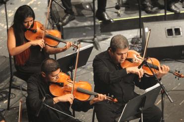 Musikwissenschaft - Studie Klang und Timing 2020 - Orchester-Streicher-Gruppe - Glarean Magazin