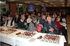 «Neue graue Zellen durch Schach»: Seniorenschach in Deutschland