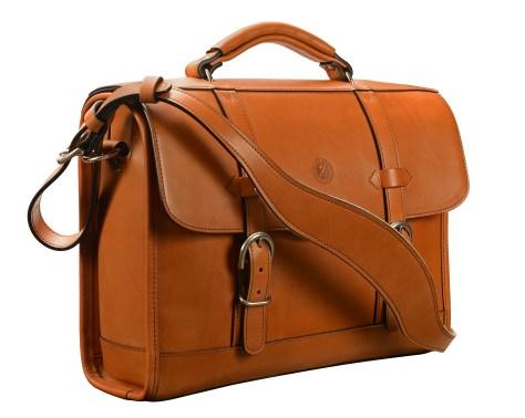 Hand-burnished,-chestnut-Headhunter-Flaptop-Bag;-15-x-11-x-4'