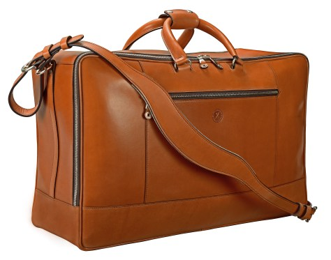 Hand-burnished,-chestnut-Square-Duffel;-22-x-14-x-8″