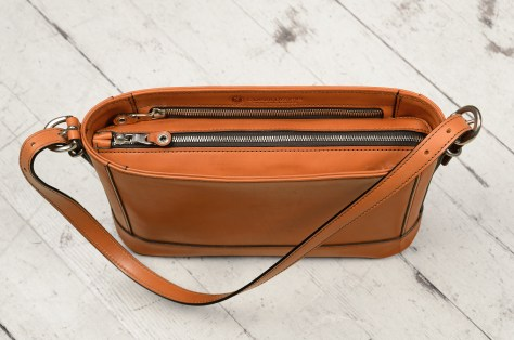 Hand-burnished-all-leather-chestnut-Hand-Bag-with-short-shoulder-strap;-12-x-8-x-3'-topdown2