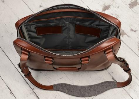 Hand-burnished-espresso-Platform-Portfolio-with-handles-and-shoulder-strap;-16-x-11-x-4'-topdown2