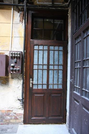 Az újjászületett ajtó