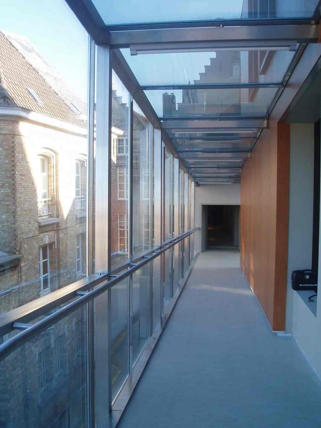 Choco Story Brugge - glazen dak van de traverse voorzien van Clearview 20