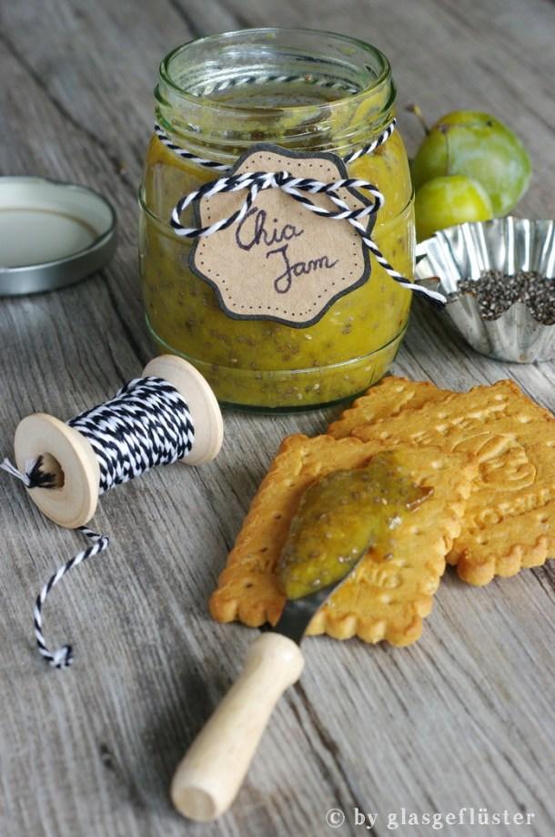 Mit Chia Samen kann man gut Marmelade andicken!