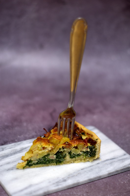 Gabel in Gruenkohl Quiche