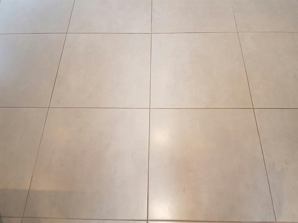 Porcelain tile and grout after cleaning Bearsden