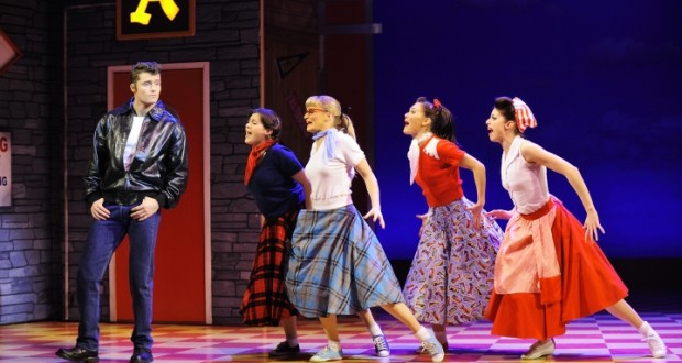 HappyDays-Kings-Theatre-Glasgow-Photo_Paul_Coltas-620x330