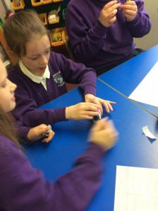 Primary 5M make Robots using a motor and a toothbrush!
