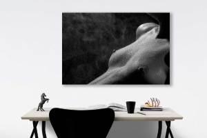 fine-art--Teilakt-Low-Key-Foto